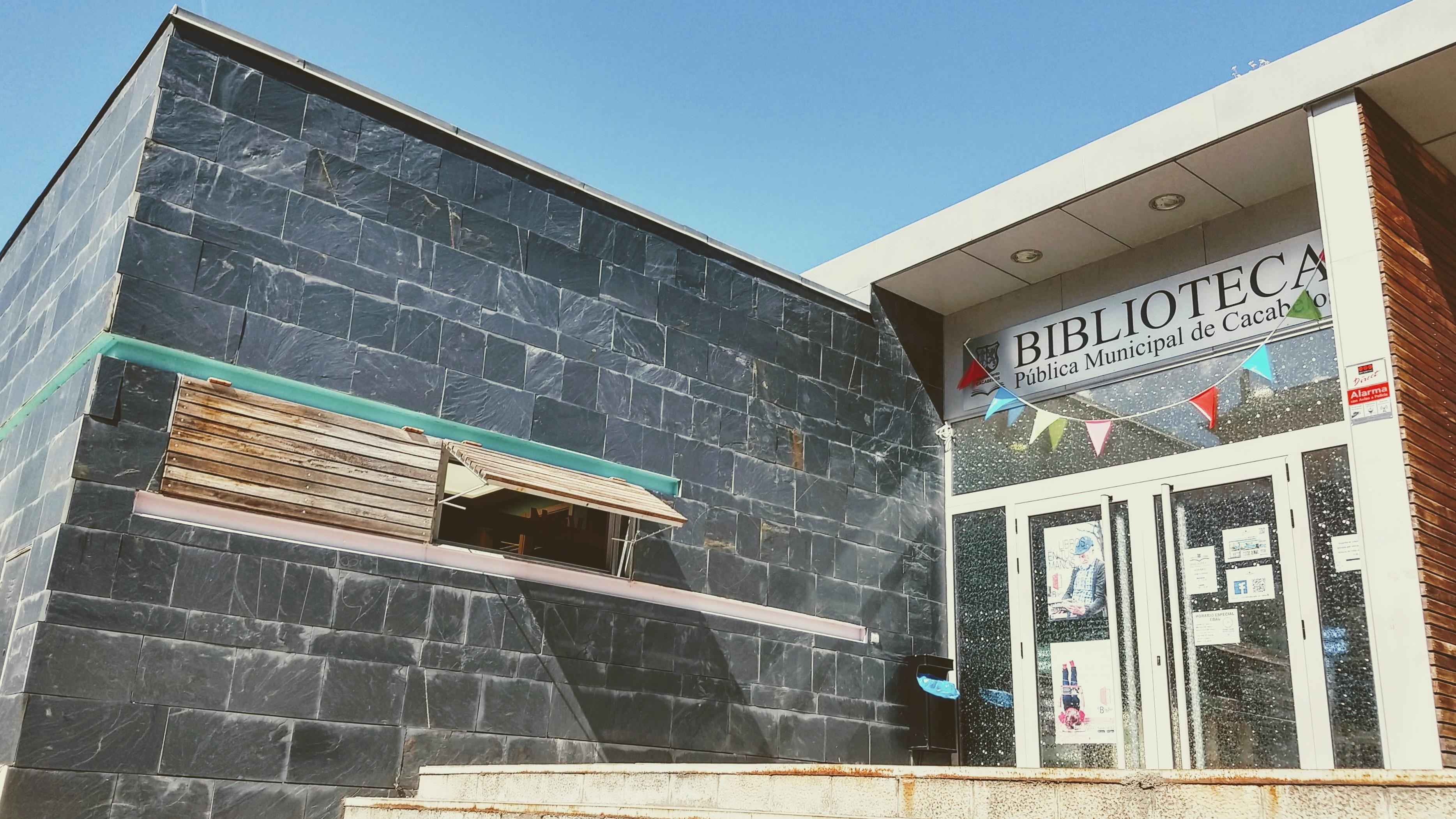 Biblioteca de Cacabelos